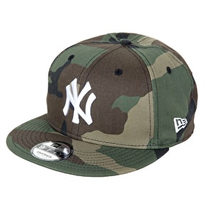 New Era 9FIFTY MLB NY Yankees Snapback Cap - Woodland Camo