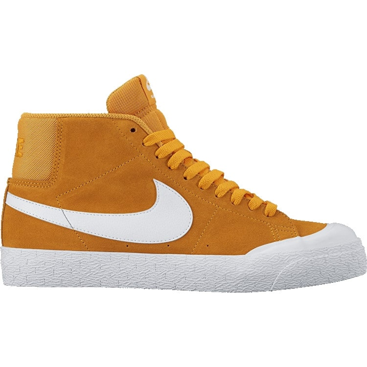 B-Stock Nike SB Blazer Zoom Mid XT Skate Shoes - Circuit Orange/White - UK 11 (Box Damage)