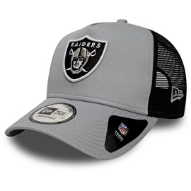 New Era Oakland Raiders NFL Essential Trucker Cap - Grey