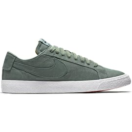 B-Stock Nike SB Zoom Blazer Low Canvas Deconstructed Skate Shoes - Clay Green/Deep Jungle - Size - UK 10 (Repackaged)