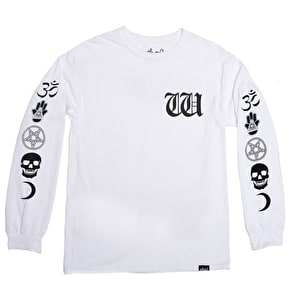Who? Witchcraft Longsleeve T-Shirt