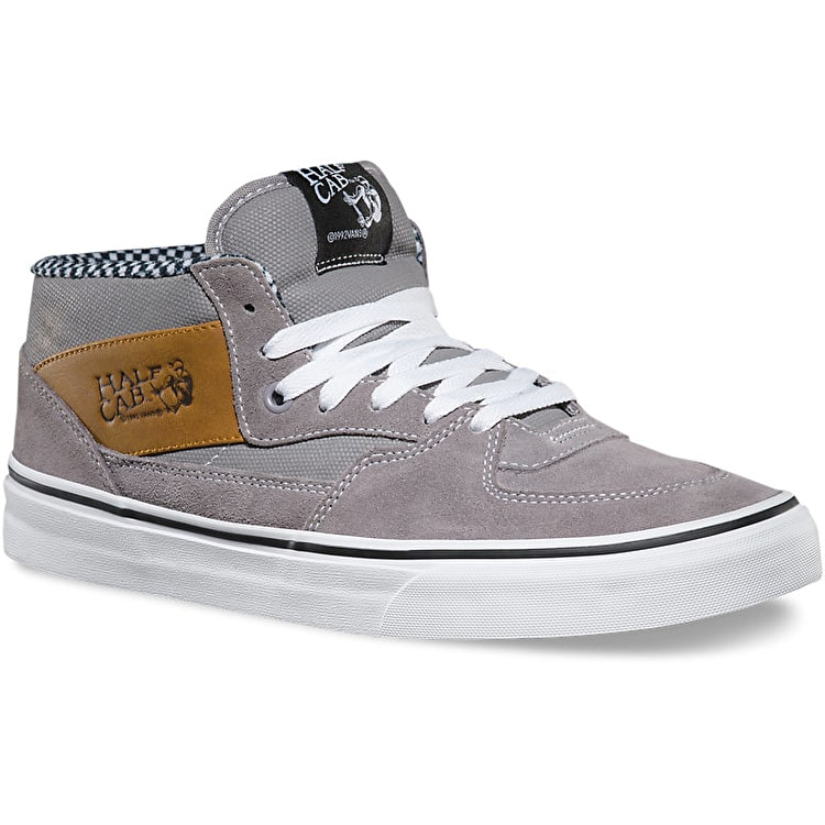 Vans Half Cab Skate Shoes - (Waxed Canvas) Frost Grey