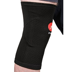 Footprint Knee Pads - Black