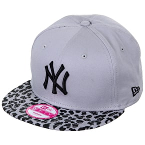 New Era Womens 9Fifty Snapback Cap - Leopard/Grey