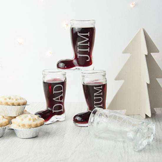 This fun set of four Santa boot shot glasses are a fantastic edition to your Christmas dinner table - perfect for place settings!